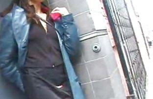 زیبایی سکسی با عینک گروه سکسی در موبوگرام های لعنتی