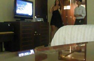 استراپون جایگزین لزبین های کانال فیلم سکس درتلگرام زیبا با دیک های نر واقعی می شود