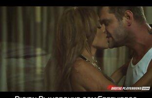 دختر بلوند دانلود فیلم سکس درتلگرام در مقابل دوربین دوست پسر محبوبش تسلیم می شود