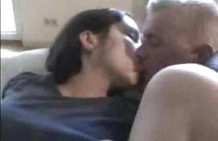 خجالتی شارلین بیدمشک مودار را روی کانال سکس فیلم دوربین خودارضایی می کند